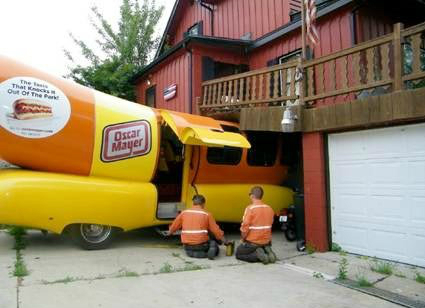 Caption-This-Weinermobile-Oscar-Meyer-Crash