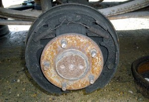 dirty:rusty:drum brakes