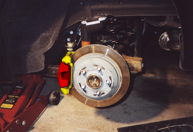 RANT: DIY Painted Brake Calipers + Do's and Don'ts or Painting